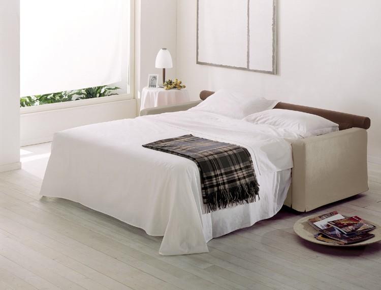 Divani letto moderni divani letto e poltrone relax tino for Divani moderni milano
